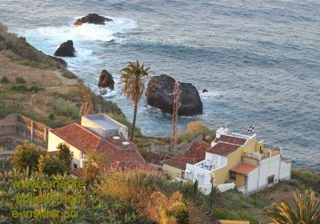 Rambla El Guindaste below La Casona toward Rambla del Mar.
