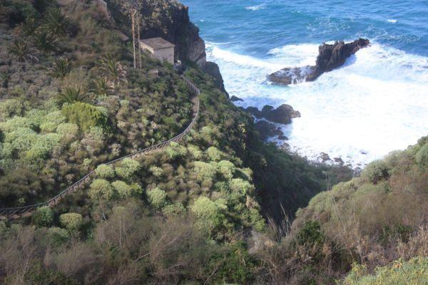 Ravine de Ruiz by Playa del Camelo of Los Realejos.
