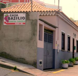 Restaurant pointer for Casa Basilio within 400 m on corner C/San Diego and TF 217