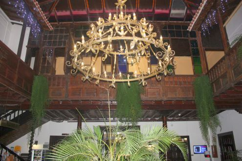 Restored wood paneling inside the lobby of the hotel in Calle Quintana 11 of Puerto de la Cruz.