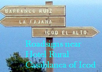 Road signs by TF 342 to Icod el Alto, La Fajana and Ruiz hiking path