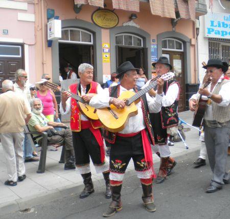 Romeria musicians in Tenerife