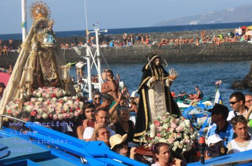 San Telmo and Virgen del Carmen by the Puerto de la Cruz Muelle pier