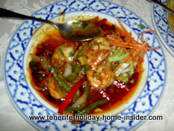 Shrimp garlic salad with hot seafood salad Thai cuisine