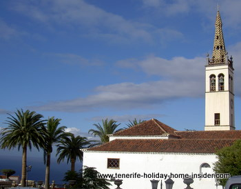 Spain history  of 1496 symbolized by church