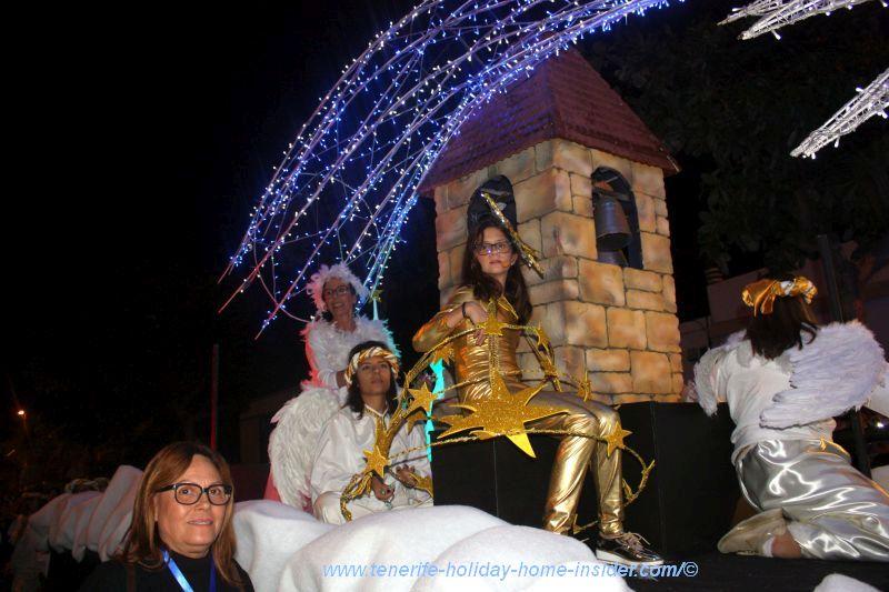 Float with storyteller entourage Puerto de la Cruz