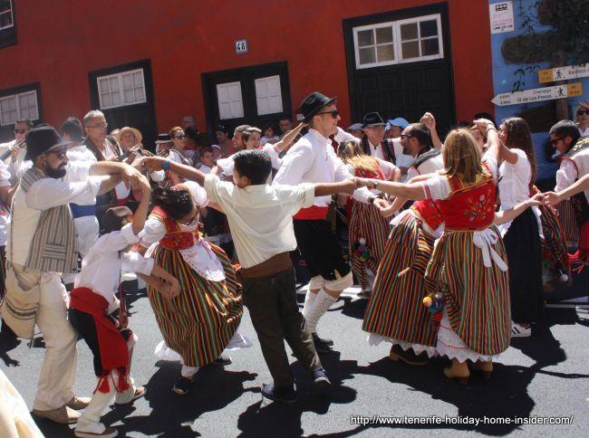 Street dancing by local Tinerfenos Romeria Realejos.