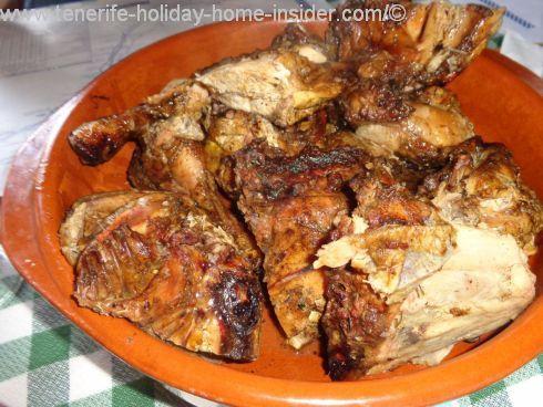 Take away in Tenerife Asador El Monturrio chicken of Los Realejos La Longuera.