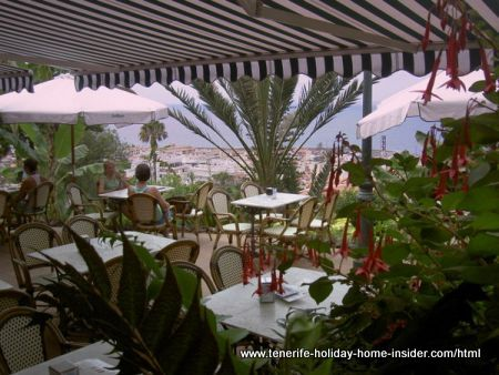 Taoro garden terrace for eating out in Tenerife.