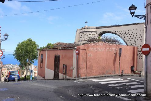 Tenerife aqueduct on Corner C/Dr.Domingo Gonzalez Garcia and C/Buenaventura Machado of La Orotava.