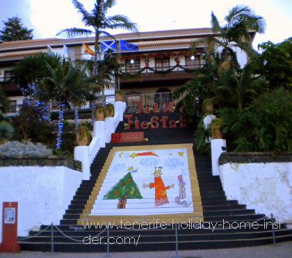 El Sauzal Town Hall at Christmas