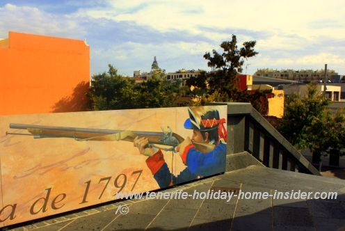 Tenerife history July 25 commemorated by this Santa Cruz street mural for its anniversary of 220 years in 2017.