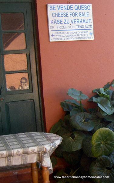 Teno Alto bar which has a shop