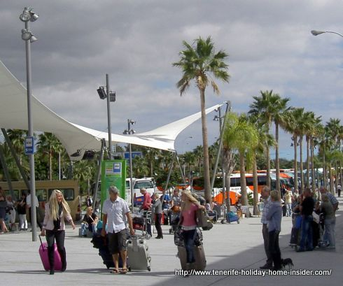 Titsa green bus stop spot at Tenerife South airport unchanged is good news