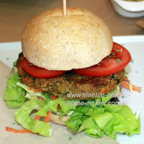 Vegan Hamburger by Café Malaika