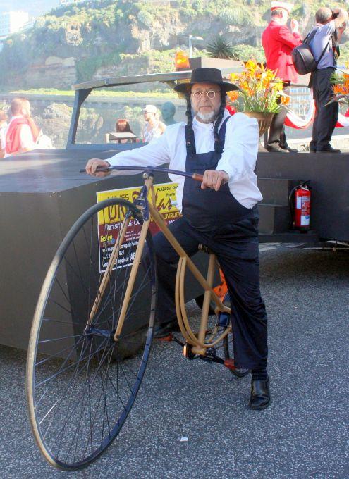 Vintage bicycle of Puerto de la Cruz carnival.