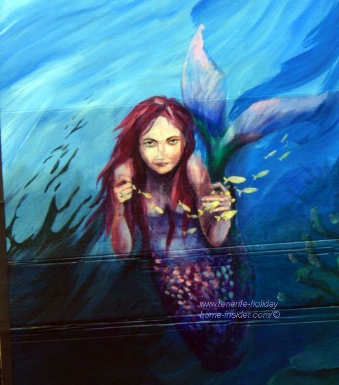 Water story illustration of Isla Baja