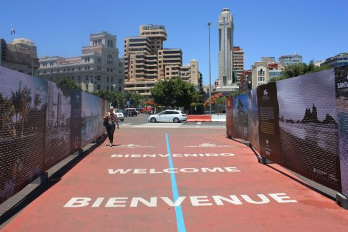 Welcome to downtown Santa Cruz with Tenerife's most important town square.