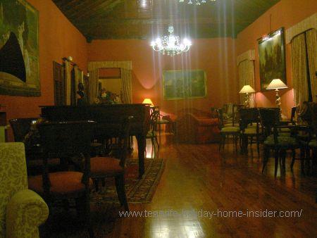 An Abaco Salon concert room