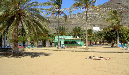 Best Santa Cruz beach with parking outside