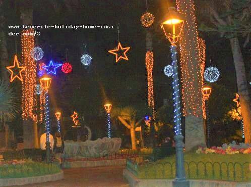 Christmas photos Tenerife Puerto de la Cruz example with Calle Quintana Plaza la Iglesia a frequent motiv