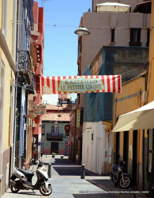 Clavel Rastrillo Antique market events