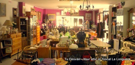 Desvan meaning attic second hand shop Longuera Toscal