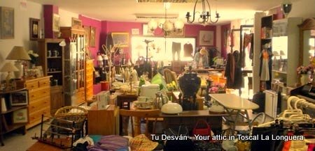 Desvan meaning attic second hand shop Longuera Toscal