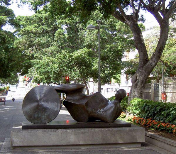 Henry Moore sculpture street art the Goslar Warrior made of bronze.