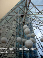 Sculptured hotel lobby ceiling