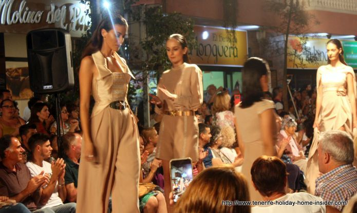 La Longuera Tenerife fashion show 2017 where Javilar received the Golden needle award.