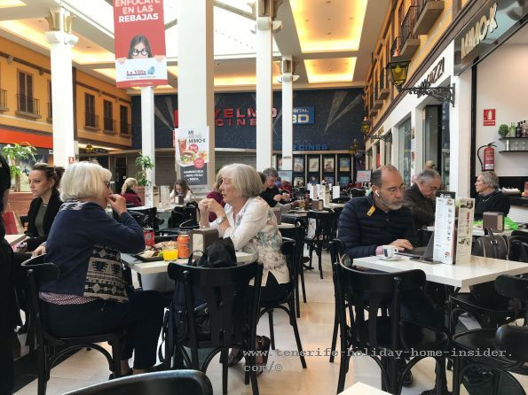 Mimo K Bar Restaurant previously Cafe di Roma near the Cinemas Movie corner in Tenerife Alcampo Mall where the coffee is still good, above all the Saporroco