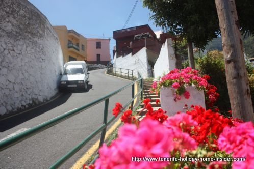 Realejo Alto with road Calle Las Toscas del Romero to El Horno Mocan and Bodega Guines.