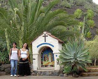 Monasterio Tenerife road altar number 2