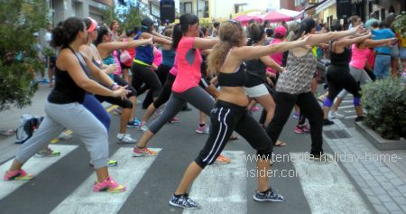 Zumba in Tenerife by a show at the Longuera fiesta